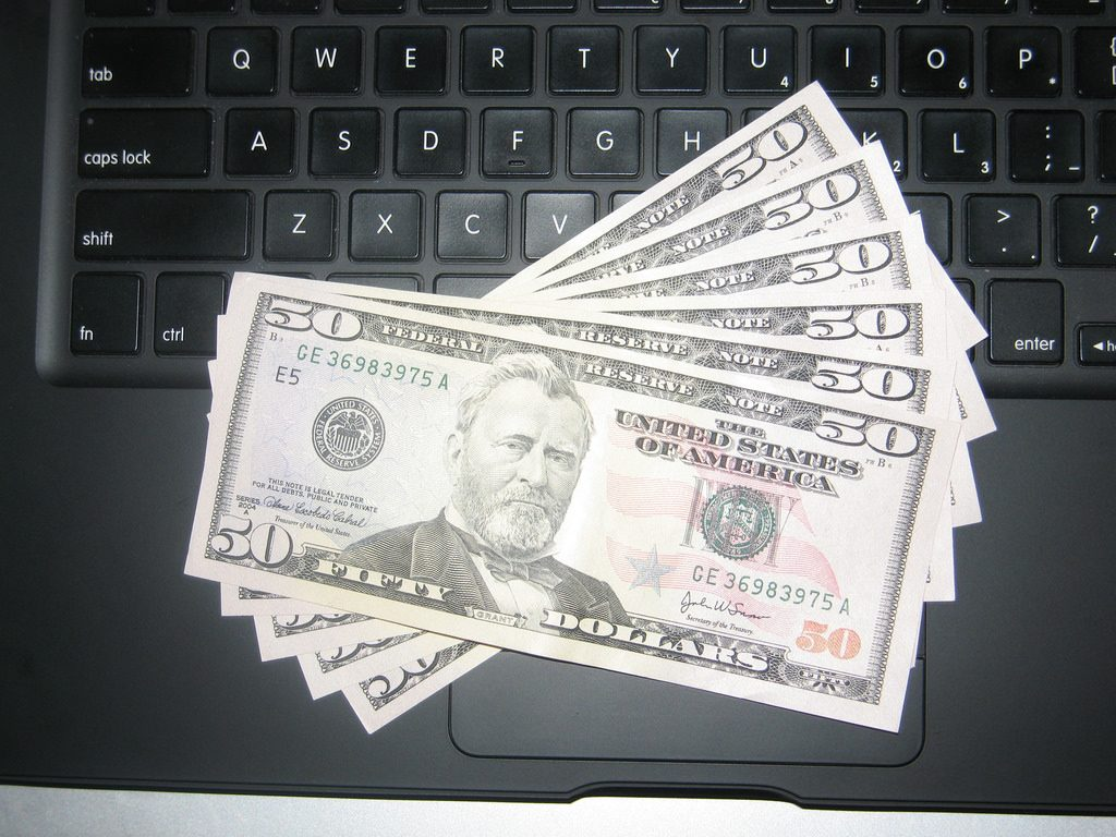 how to make money with your laptop